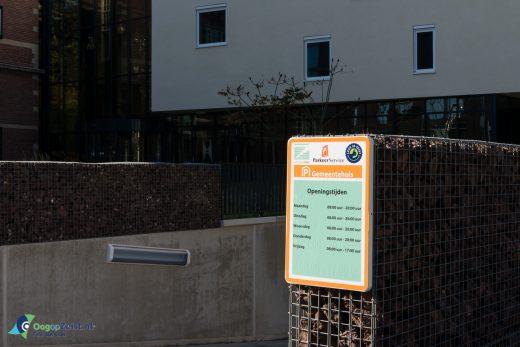 Betaald parkeren in de parkeergarage onder het gemeentehuis