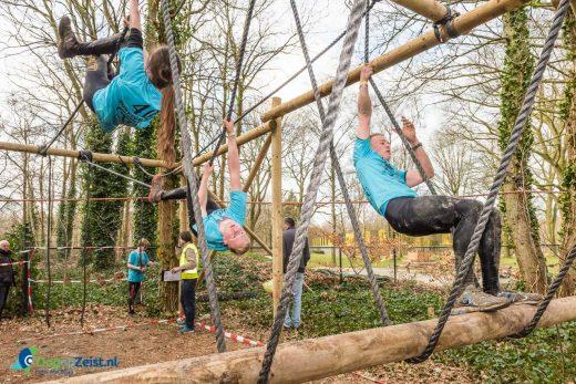 Survivalrun Zeist: Lekker klauteren en klimmen in het bos.